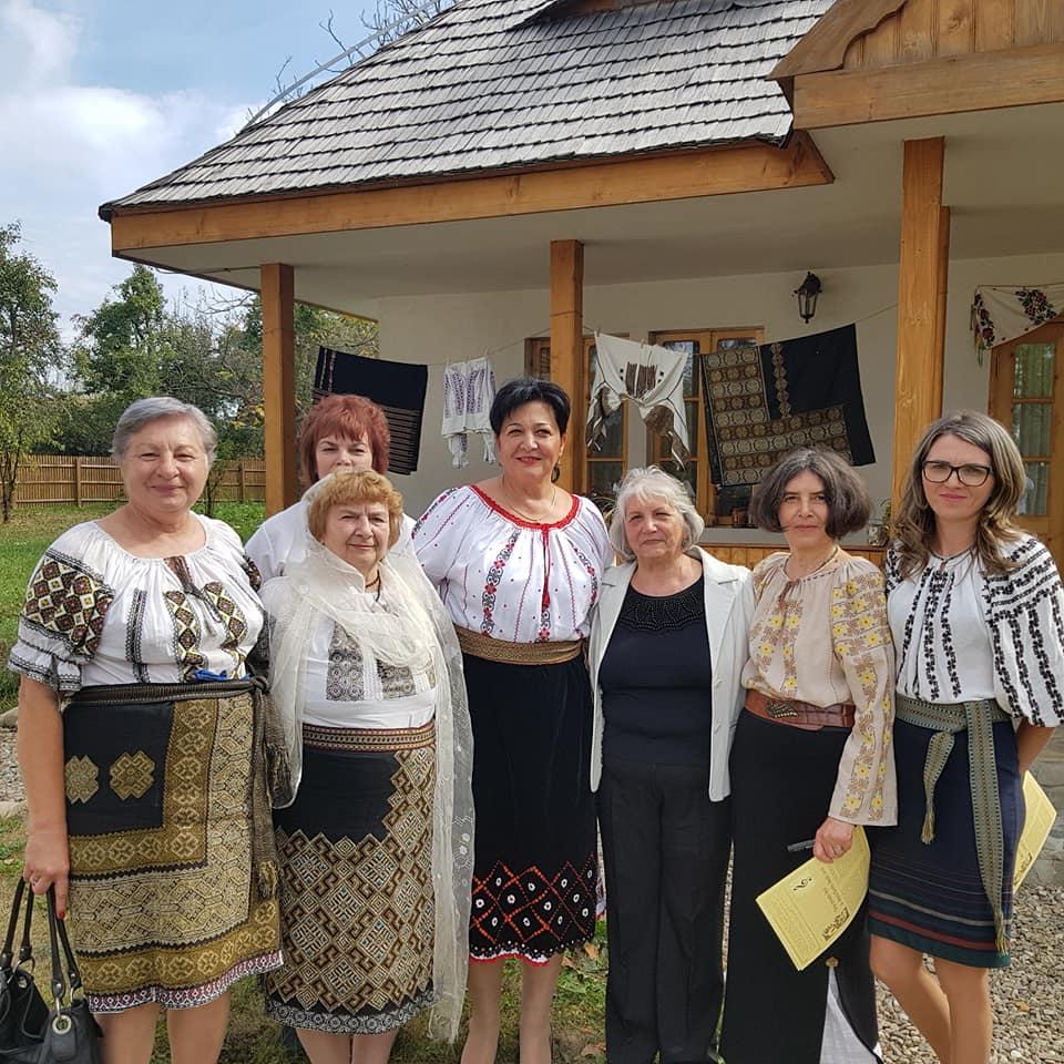Acces gratuit pentru vizitatorii îmbrăcați în ie la muzeele Complexului Național Muzeal Curtea Domnească Târgoviște
